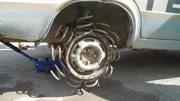弹簧能增加弹跳力,那装在汽车轮胎上会怎样?汽车:感觉要上天了