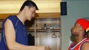 2015NBA选秀球员克里斯塔普斯-波尔津吉斯19岁少年213米。