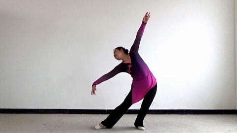 广场舞《那拉提的养蜂女》3月最新舞蹈,一学就会